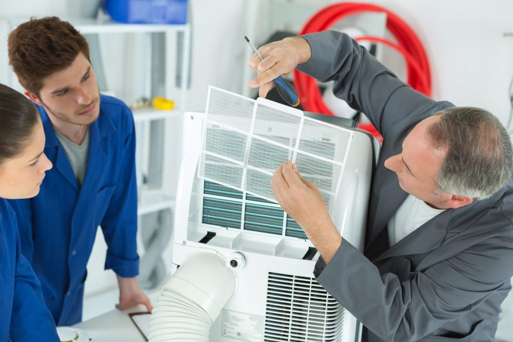 Repairing the airconditioning unit