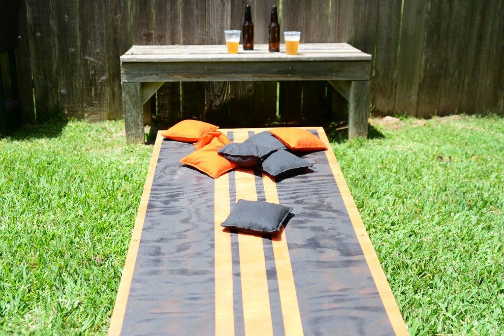 Cornhole board at the backyard