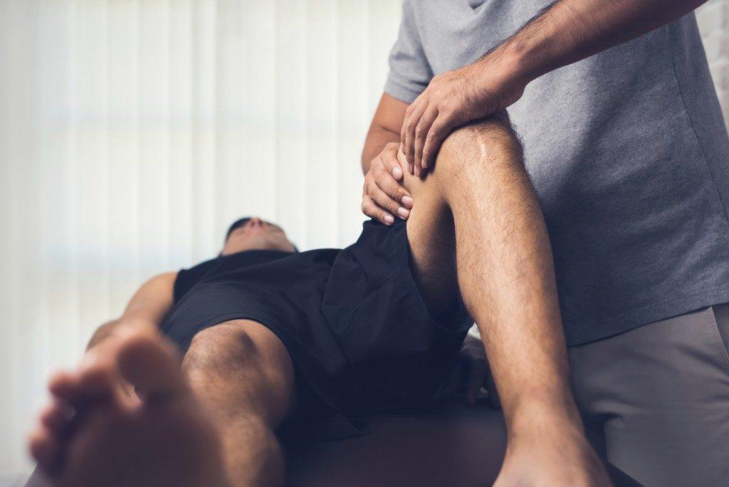 knee checkup
